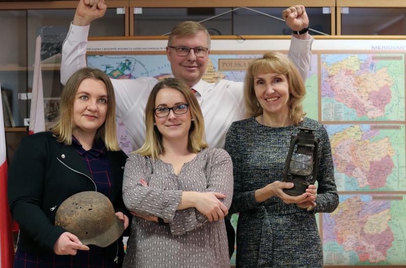 Nauczyciele historii i WOS